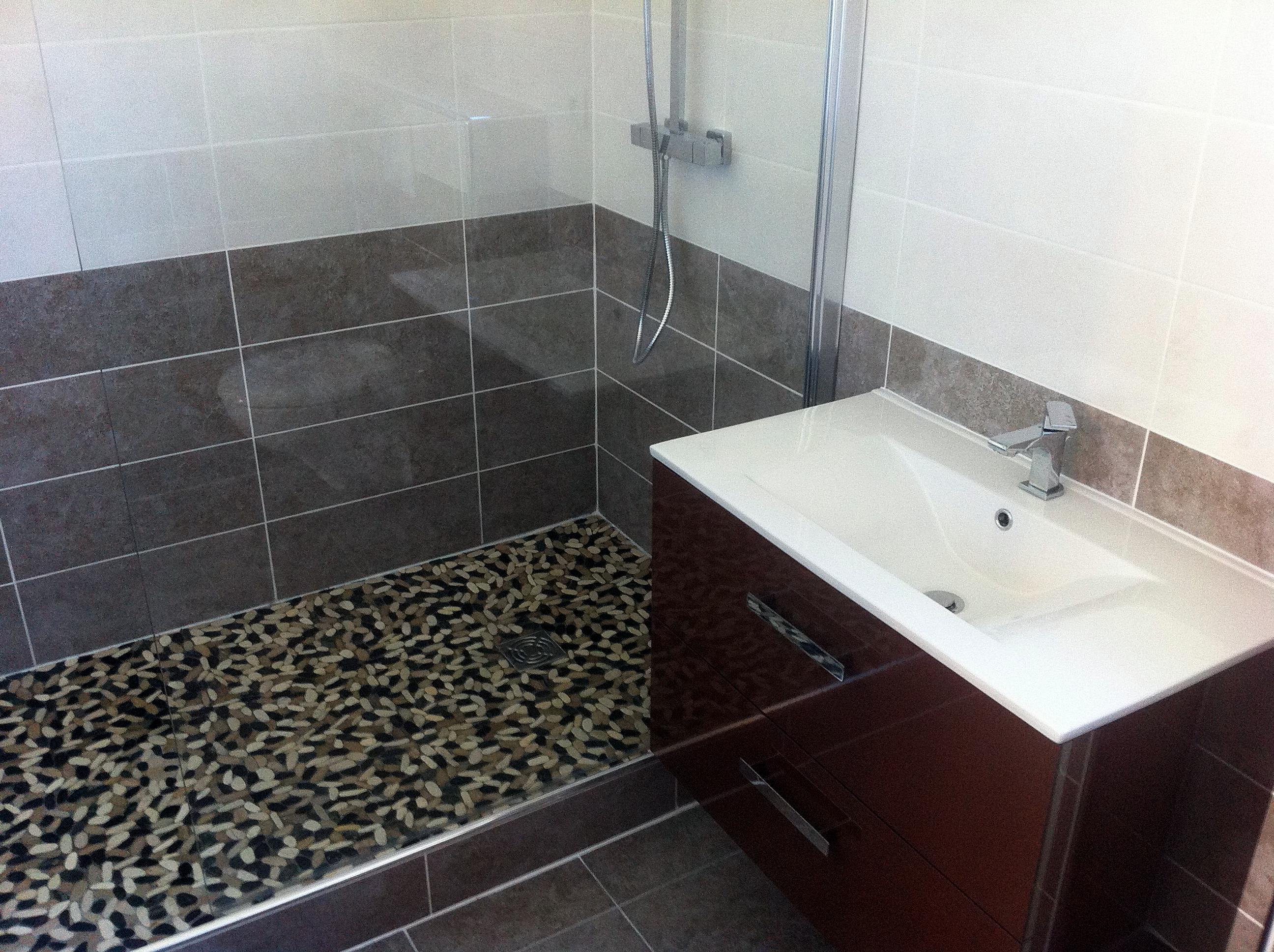 Nos travaux de r novation sur montpellier et sa r gion for Vieux carrelage salle de bain